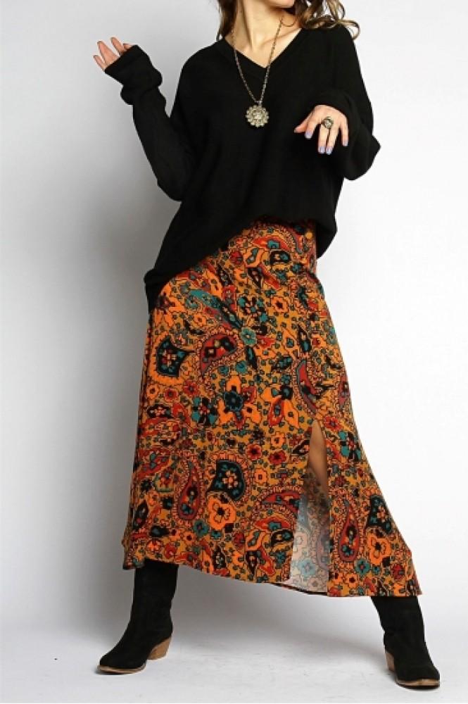 Desenli Yırtmaçlı Kadın Uzun Etek