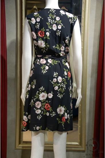 Kısa Kollu Çiçekli Kadın Elbisesi